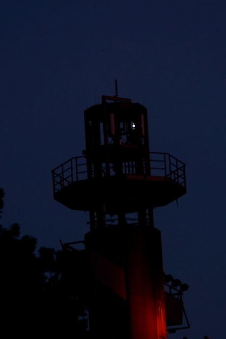 Het schittert in de Evoluon-toren: 240 lampjes vormen kunstwerk
