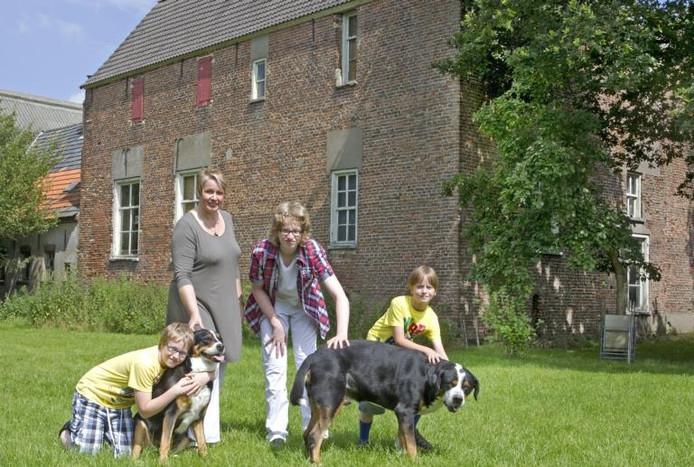 De bewoners bij Huis Rijswijk. foto Henk Rodrigo