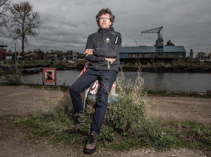 DS-2019-8011Zwolle De voormalige werfbaas Jan Leenman,over de plannen die ontwikkeld worden voor deze zone .FotoPersBuro Frans Paalman Zwolle ©2019