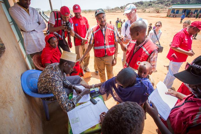 Hulpverleners van het Rode Kruis in Kenia.