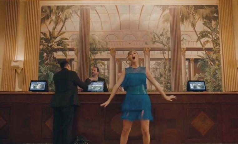 Taylor Swift in haar nieuwe clip voor 'Delicate'