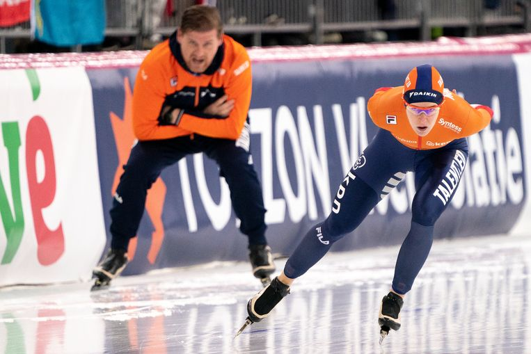 Ireen Wust rijdt op de 5.000 meter naar het goud op het WK allround. Beeld BSR Agency