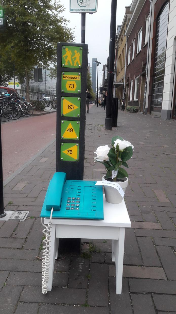 Telefoon aan de straat.