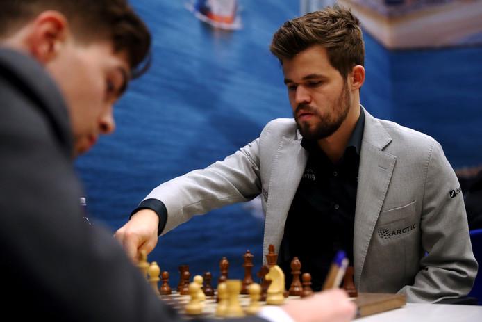 Magnus Carlsen in actie.
