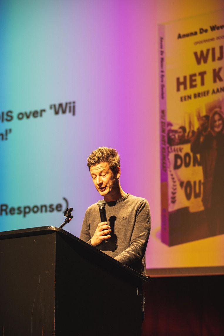 Ook Wouter Deprez nam het woord en kreeg het jonge publiek meermaals aan het lachen.