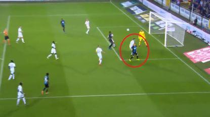 """Referee Department: """"Club had strafschop moeten krijgen, maar Clement ook rode kaart"""""""