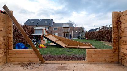 Veel werk met bomen en daken