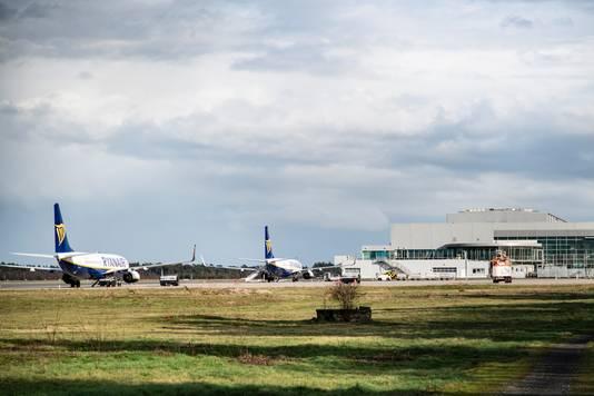 De meeste vliegtuigen van Ryanair blijven voorlopig aan de grond.