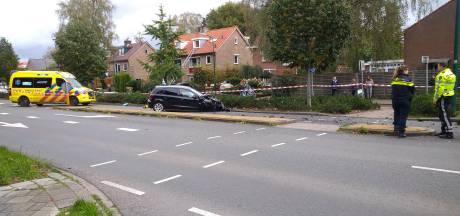Veel schade na botsing op kruising in Veenendaal