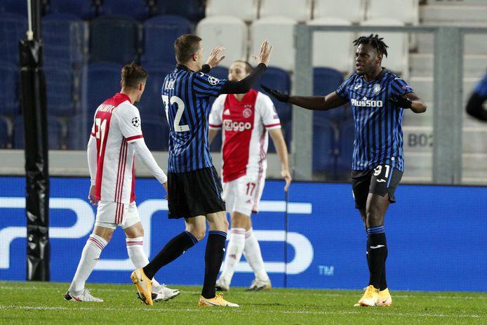 Josip Ilicic en Duvan Zapata na de 2-2 tegen Ajax.