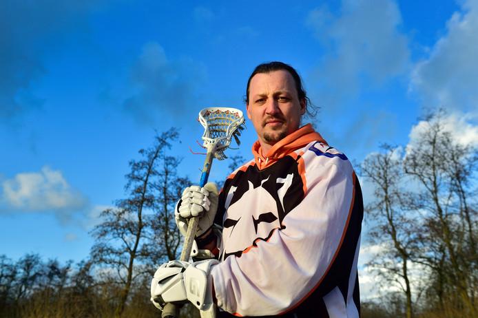 Reeuwijker Rutger van Bennekum is international in box lacrosse.