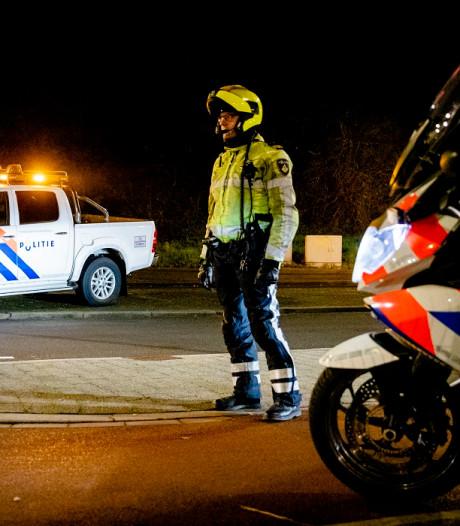Jongen (15) gewond na steekincident in Emmen, twee minderjarigen vast