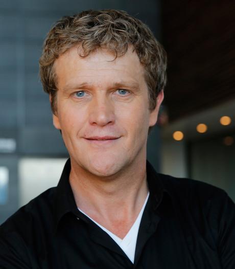 Alberto Stegeman confronteert opnieuw Leidse oplichter in SBS6-programma