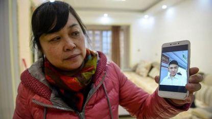 """Vrouw onthult groot geheim aan haar 'zoon': """"Ik heb je 26 jaar geleden ontvoerd"""""""