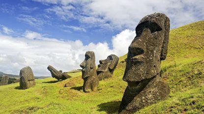 Wereldberoemde standbeelden op Paaseiland verdwijnen onder de stijgende zee