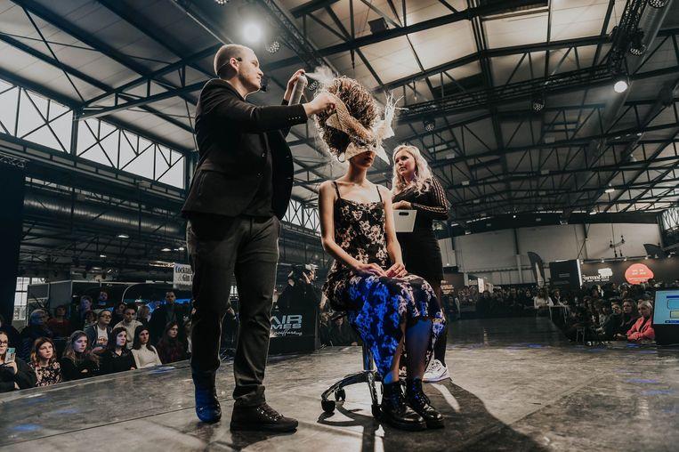 Guillaume Lefever van Beautyzone bracht zijn allereerste show op The Hair Games 2020: Golden Edition.
