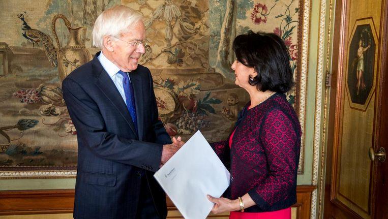 Minister van Staat Tjeenk Willink (PvdA) heeft een ontmoeting met Tweede Kamer-voorzitter Khadija Arib voordat hij van start gaat als informateur Beeld anp