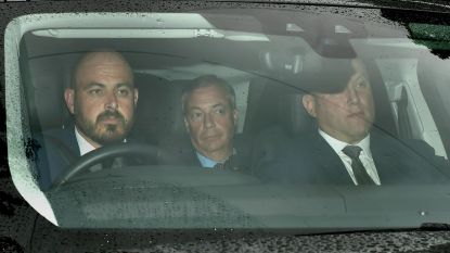 Euroscepticus Nigel Farage krijgt ontmoeting met Trump, Amerikaanse president stuurt oppositieleider Corbyn wandelen