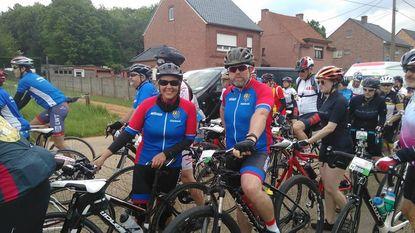 Zestien renners op post voor 1000 km fietsen tegen Kanker