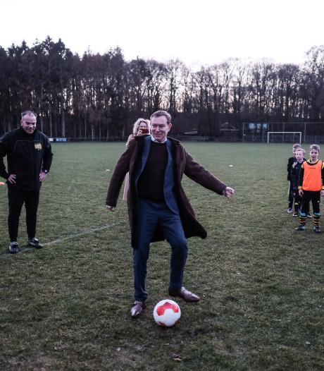 Jeugdkeeper stopt penalty van minister in Terborg