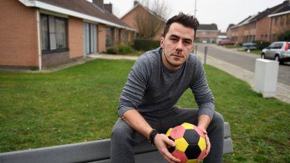 """Maxim (32) wil jeugd in Tildonk weer op het rechte pad brengen met minivoetbal: """"Zet mensen samen in een ploeg en ze krijgen een band"""""""