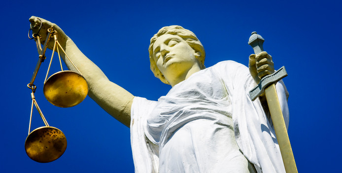 Rechtbank, vrouwe justitia