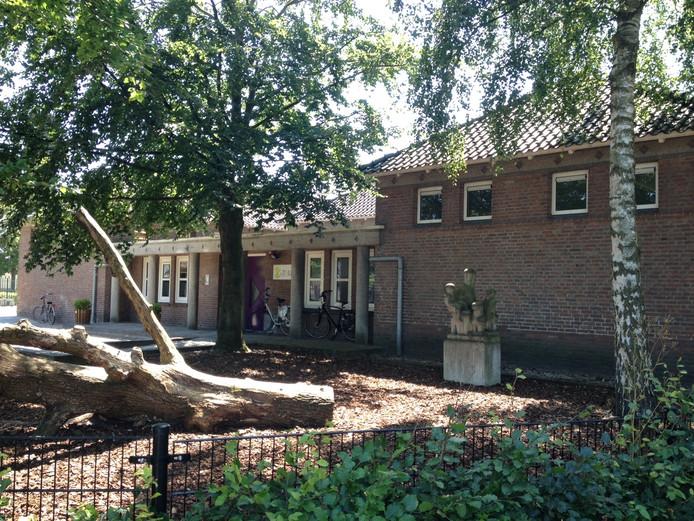 Kentalis heeft interesse aan het schoolgebouw aan Putsteeg 2 in Schijndel.