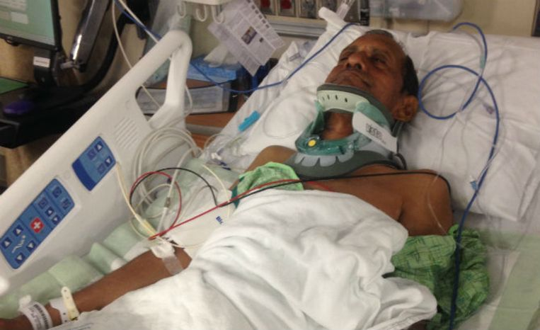 De 57-jarige man was op bezoek bij zijn zoon en werd overmeesterd in een welstellende buitenwijk van Madison, Alabama. De Indische autoriteiten willen onderzoeken of er sprake is van buitensporig politiegeweld.