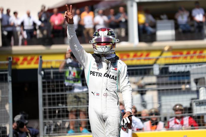 Hamilton start vanaf pole.