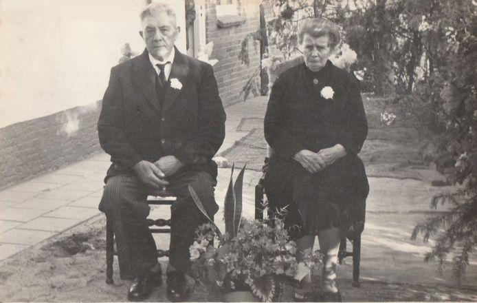 Cees van Beek en Pietje van Beek-van Eersel, bij wie Loekie zat ondergedoken.