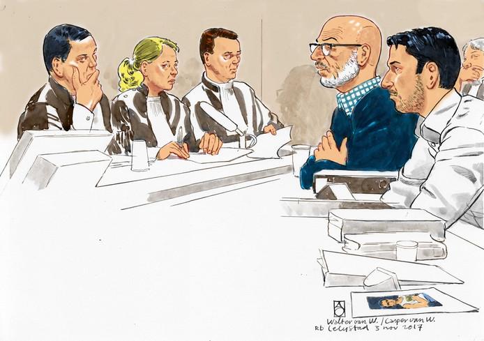 Verdachten Walter en Casper van W. in de rechtbank van Lelystad. De twee mannen staan terecht voor voor deelname aan een straatrace in Loosdrecht waarbij een 19-jarige vrouw om het leven gekomen is.
