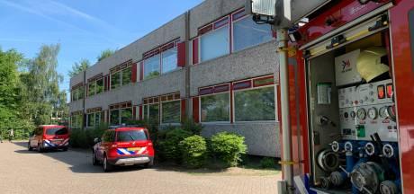 Brandweer spoedt naar Jeroen Bosch College in Den Bosch na lekken chemisch stofje