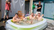 Bewoners Huize De Veuster duiken plonsbadje in
