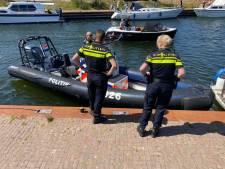 Tattoobaas Stefan jonast petjesdief haven Harderwijk in, politie pakt zeiknatte dader op en zoekt naar wapen
