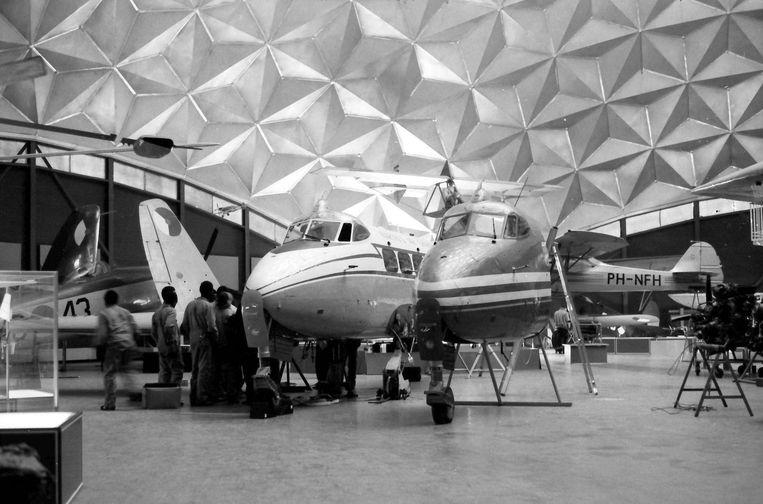 De koepel herbergde tussen 1971 en 2003 vliegtuigmuseum Aviodome Beeld -