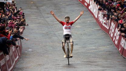 """Tom Boonen over Benoot: """"Tranen in mijn ogen toen ik hem over de finish zag rijden"""""""