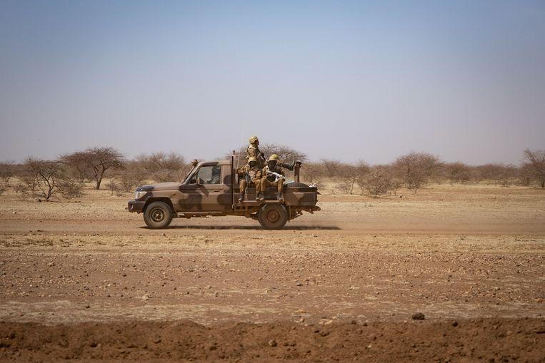 Patrouillerende soldaten in Burkina Faso.  Beeld AFP
