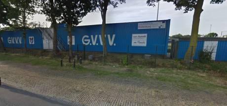 Dronken GVVV-supporters op de vuist met politie na verloren wedstrijd tegen Spakenburg