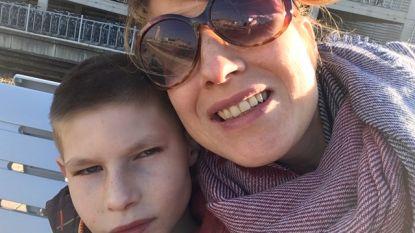 """Mama schrijft wanhopige open brief aan minister Beke: """"Geen enkel perspectief om mijn jongste zoon op menselijke manier te zien in voorziening"""""""