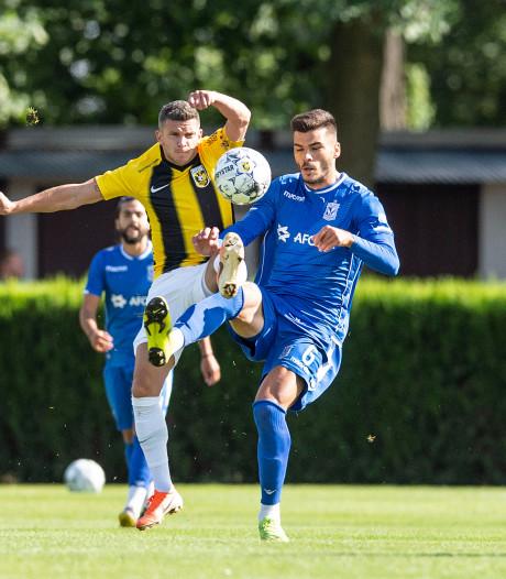 Vitesse kansloos in oefenduel met Lech Poznan