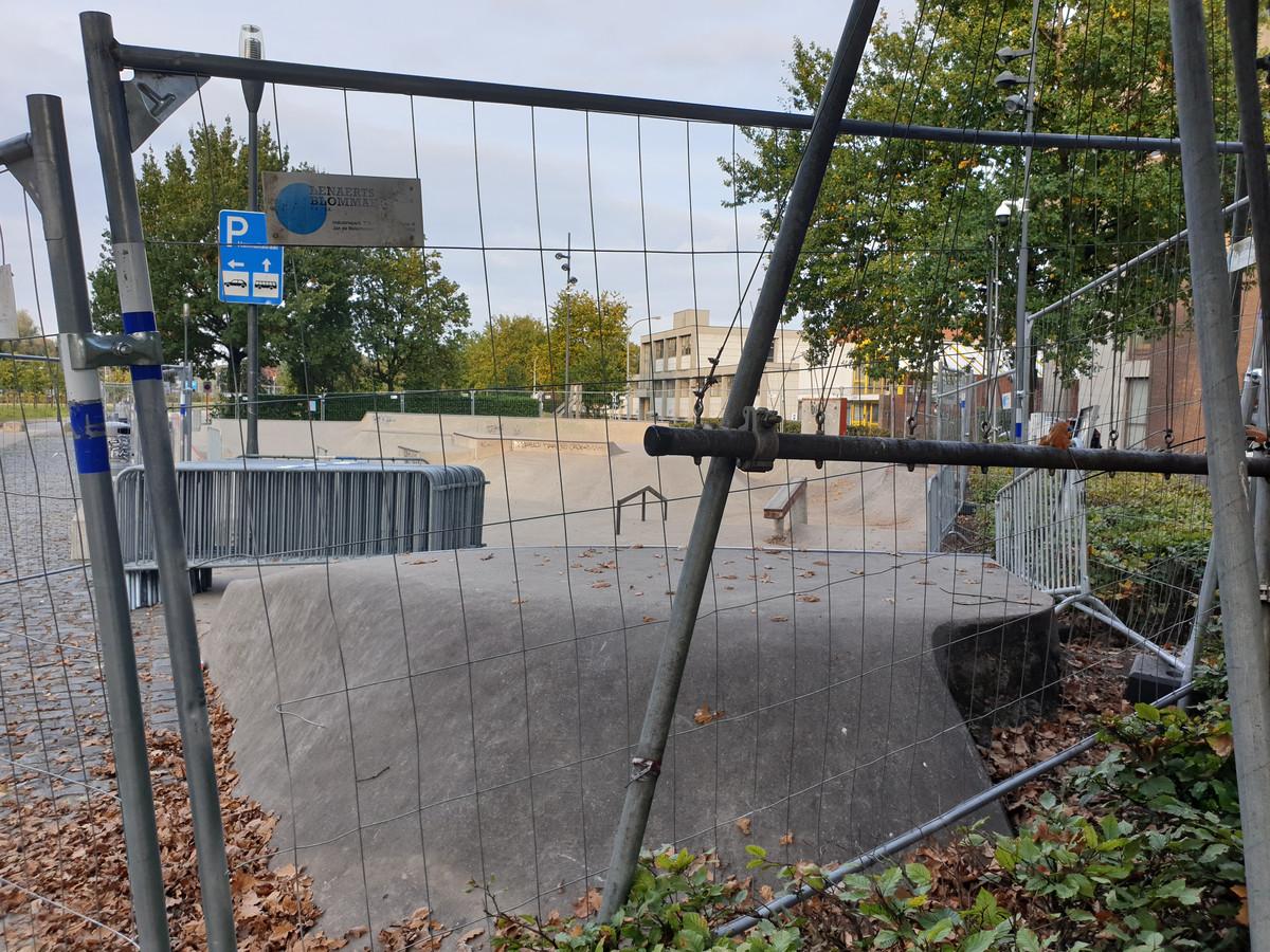 De stad plaatste al hekken rond skatepark Jailyard