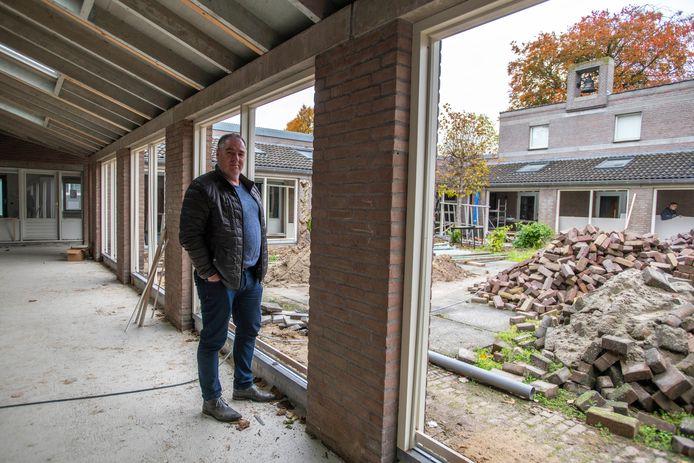 Chris Aerts en zijn vrouw Patricia zijn initiatiefnemers van wooninitiatief Benjamin, waarvoor 11 appartementen worden verbouwd in De Nieuwe Eenhoorn.