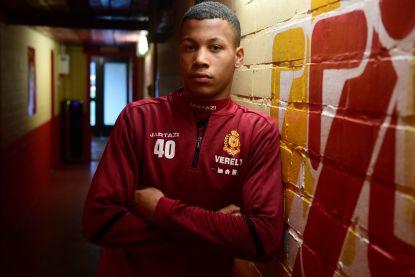 """Aster Vranckx (17), de nieuwe chouchou bij KV Mechelen: """"Mijn vader had liever  dat ik ging boksen"""""""