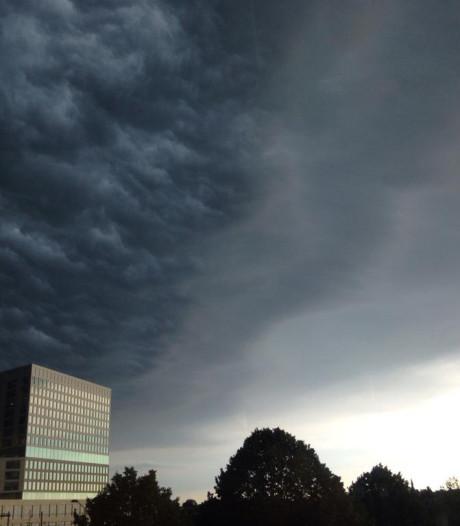 Code oranje in Brabant voorbij: noodweer zorgde voor zware onweersbuien, gewonden en problemen met treinen