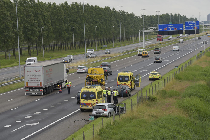 Ongeluk op A16.