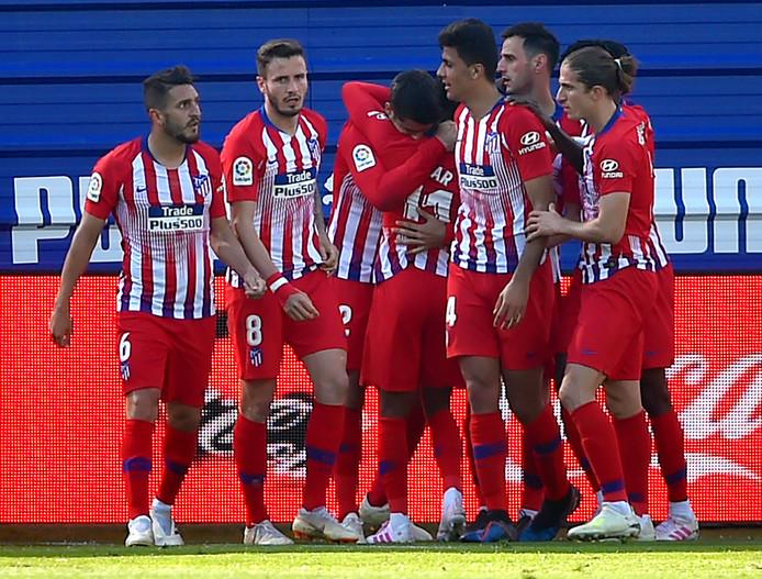 Atletico Madrid viert feest na de late 1-0 van Thomas Lemar.