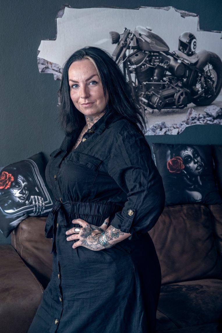 Joyce Heymen (34) werkt in een motorwinkel. Ze volgt vanaf september een mbo-opleiding tot verzorgende. Beeld Patrick Post