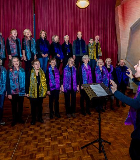 Koor Hakuna Matata strijdt om Encore Award in Isala Theater: 'Iedereen kan zingen'