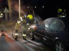 Brand in auto in Zevenaar door technisch defect