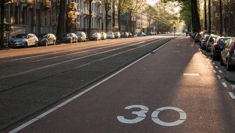 De Sarphatistraat, al ruim twee jaar een fietsstraat Beeld Maarten Boswijk